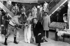 "Front: Jerry Stiller, Rita Moreno, Jack Weston and Kaye Ballard. Back: Paul B. Price, Bessie Love, F. Murray Abraham, Treat Williams, John Everson and Christopher J. Brown in ""The Ritz""1976 Warner Bros.** B.D.M. - Image 24293_2209"