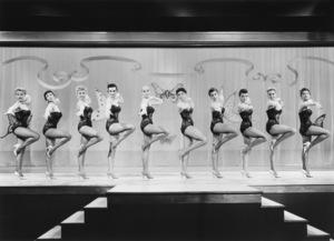 "The Hot Box Girls in ""Guys and Dolls"" 1955 MGM / Samuel Goldwyn ** I.V. - Image 24293_2375"
