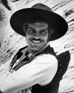 "Omar Sharif on the set of ""Mackenna"