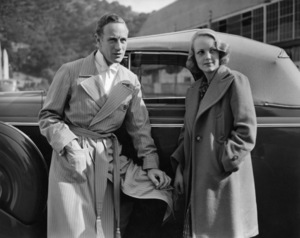 "Leslie Howard (in costume for ""It"