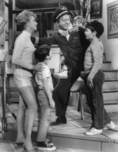 """Shirley Jones, Billy Mumy, Red Buttons, Peter Robbins and Bryan Russell in """"A Ticklish Affair""""1963 MGM** B.D.M. - Image 24293_2918"""