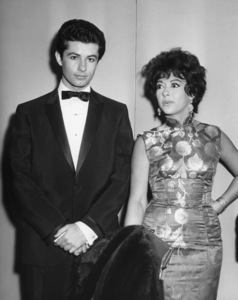 "George Chakiris and Rita Moreno attend the New York premiere of ""West Side Story""October 18, 1961** B.D.M. - Image 24293_2920"