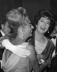Joan Crawford and Rosalind Russell at the Golden Globe Awards 1962** B.D.M. - Image 24293_3018