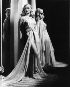 Veronica Lakecirca 1940s** I.V. - Image 24299_0012