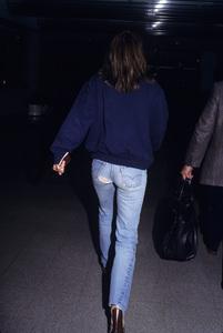 Elizabeth Hurleycirca 1989© 1989 Gary Lewis - Image 24300_0164