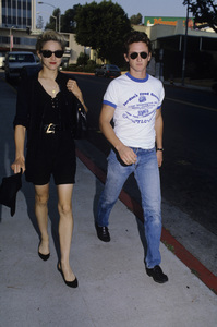 Madonna and Sean Penn1987© 1987 Gary Lewis - Image 24300_0208