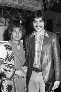 Penny Marshall and Freddie Prinzecirca 1970s© 1978 Gary Lewis - Image 24300_0266