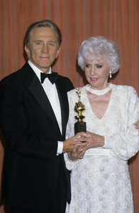 """The 43rd Annual Golden Globe Awards""Kirk Douglas, Barbara StanwyckJanuary 24, 1986© 1986 Gary Lewis - Image 24300_0277"