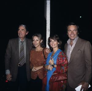 Gregory Peck, Veronique Peck, Natalie Wood and Robert Wagnercirca 1980© 1980 Gary Lewis - Image 24300_0325