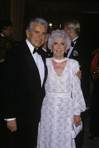 """The 43rd Annual Golden Globe Awards""John Forsythe, Barbara StanwyckJanuary 24, 1986© 1986 Gary Lewis - Image 24300_0432"