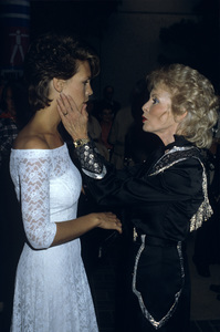 Jamie Lee Curtis with mother Janet Leigh1984© 1984 Gary Lewis - Image 24300_0482