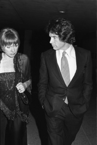 Shirley MacLaine and Warren Beatty circa 1980 © 1980 Gary Lewis - Image 24300_0502
