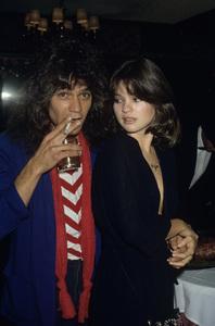 Eddie Van Halen and Valerie Bertinellicirca 1980s© 1980 Gary Lewis - Image 24300_0543