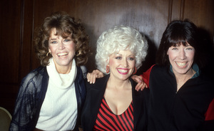 Jane Fonda, Dolly Parton and Lily Tomlin1980© 1978 Gary Lewis - Image 24300_0630