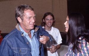 Steve McQueen and Ali MacGrawcirca 1972© 1978 Gary Lewis - Image 24300_0635