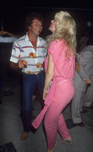 Mac Davis and his wife, Lise Gerardcirca 1980s© 1980 Gary Lewis - Image 24300_0705