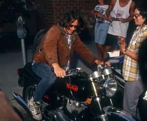 Keanu Reevescirca 2000s© 2000 Gary Lewis - Image 24300_0747