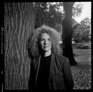 Carole King photographed at Bill Logan church in New York2000© 2000 Ken Shung - Image 24302_0050