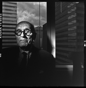 Philip Johnson photographed on his 90th birthday at his office in New York City05-02-1996© 1996 Ken Shung - Image 24302_0098