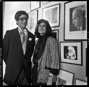 Susan Sontag and David Reiffcirca 1980s© 1980 Ken Shung - Image 24302_0113