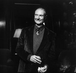 Roy Lichtenstein photographed at Richard and Barbara Lane