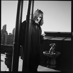 Gerard Depardieu photographed on the roof his hotel in New York City 1990 © 1990 Ken Shung - Image 24302_0133