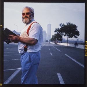 Oliver Sacks in New York City1990© 1990 Ken Shung - Image 24302_0137