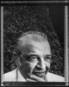 Mario Puzo photographed at his home in Long Island, New York 1996 © 1996 Ken Shung - Image 24302_0208