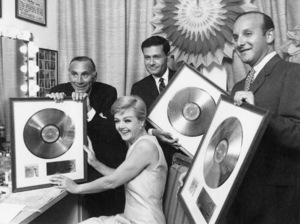 "Goddard Lieberson, Angela Lansbury, Jerry Herman and Clive J. Davis with their Gold Record awards for the cast album of ""Mame""1966** I.V. - Image 24322_0227"