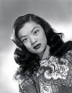 """Maylia in """"To the Ends of the Earth""""1948 Columbia Pictures© 1978 Ned Scott Archive - Image 24327_0001"""