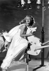 """Rita Hayworth in """"Down to Earth""""1947 Columbia Pictures© 1978 Ned Scott Archive - Image 24327_0051"""