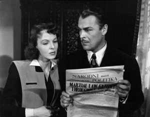 """Anna Lee and Brian Donlevy in """"Hangmen Also Die!""""1943 UA© 1978 Ned Scott Archive - Image 24327_0060"""