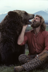 """""""The Life and Times of Grizzly Adams""""Dan Haggerty1977© 1978 Richard R. Hewett - Image 24328_0085"""