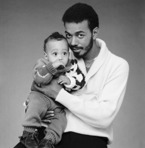 James Ingram and his son Jason (PSA for Fathers being Fathers)circa 1980s© 1980 Bobby Holland - Image 24331_0186