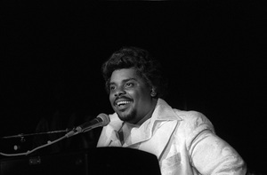 D.J. Rogers performing live in Los Angelescirca mid 1980s© 1985 Bobby Holland - Image 24331_0312