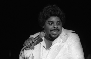 D.J. Rogers performing live in Los Angelescirca mid 1980s© 1985 Bobby Holland - Image 24331_0314