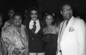 D.J. Rogers with Lionel Richie, Brenda Richie and Benny Ashburn at a Hollywood eventcirca mid 1970s© 1978 Bobby Holland - Image 24331_0315