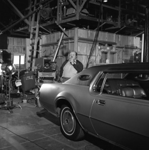 """William Conrad on set of """"Cannon""""1974 © 1978 Wynn Hammer - Image 24344_0002"""