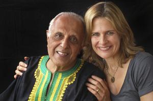 Ahmed Kathrada with photographer Dana Gluckstein2009© 2009 Dana Gluckstein - Image 24349_0164