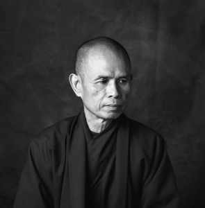 Thich Nhat Hanh 1996© 1996 Dana Gluckstein - Image 24349_0173