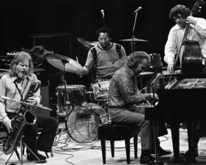 Dave Brubeck with Gerry Mulligan on baritone saxophone performing at the Westbury Music Fair in New York1972© 1978 Barry Kramer - Image 24354_0027