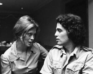 """Faye Dunaway rehearsing with Chris Sarandon for """"Candida"""" at Playhouse in the Park in New York 1971 © 1978 Barry Kramer - Image 24354_0281"""