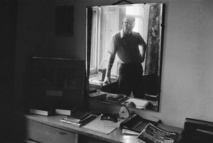 """Arthur C. Clarke at the Chelsea Hotel in New York City, where he wrote """"2001: A Space Odyssey""""circa 1964© 1978 Peter Angelo Simon - Image 24364_0007"""