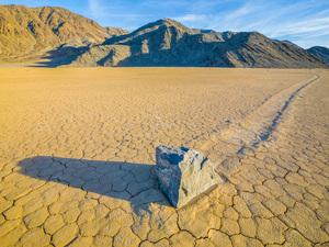Racetrack Playa, Death Valley, California2014© 2017 Viktor Hancock - Image 24366_0127