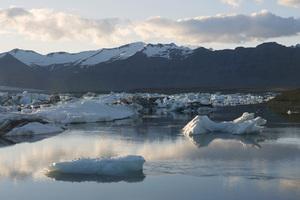 Iceland2015© 2015 Dana Edelson - Image 24367_0031