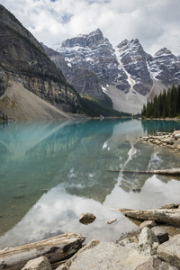 Moraine Lake, Banff National Park, Alberta, Canada2017© 2017 Deede Denton - Image 24368_0364