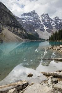 Moraine Lake, Banff National Park, Alberta, Canada2017© 2017 Deede Denton - Image 24368_0364
