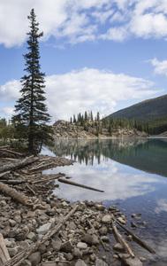 Moraine Lake, Banff National Park, Alberta, Canada2017© 2017 Deede Denton - Image 24368_0367