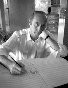 Henry Mancini at his Trousdale home 1981© 1981 Steve Banks - Image 24377_0025