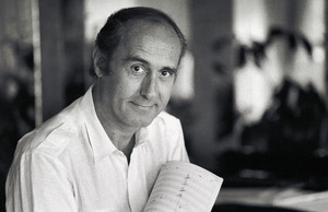 Henry Mancini at his Trousdale home 1981© 1981 Steve Banks - Image 24377_0027